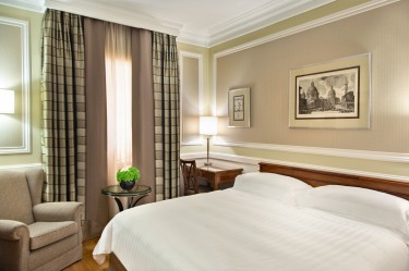 camera_deluxe_rome_marriott_grand_hotel_flora