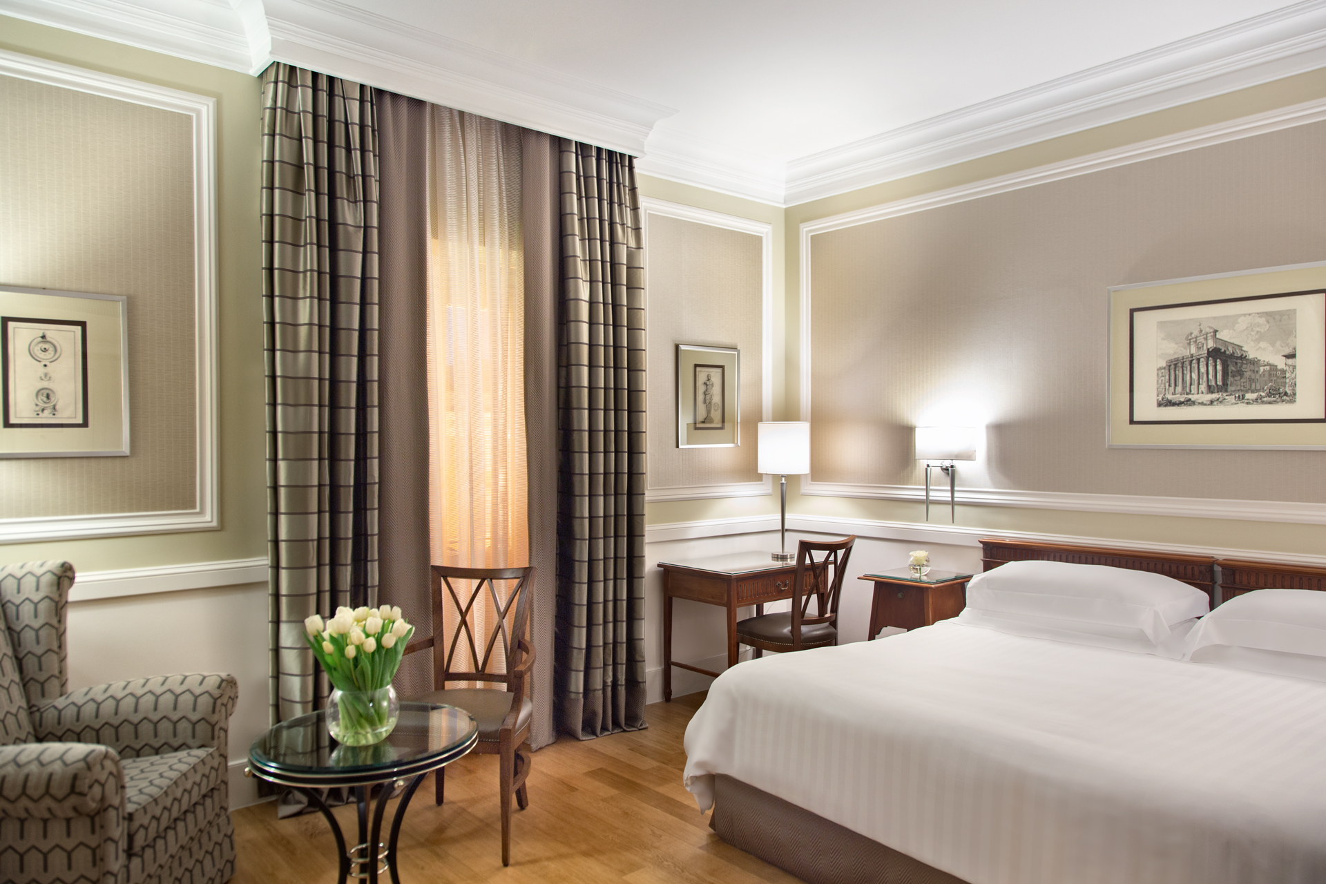 camera_suite_rome_marriott_grand_hotel_flora